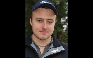 Markus Flink 19, Rättvik:-- Vissa borde nog få göra ett prov. Man ser såna som kör i 60 kilometer på 90-vägar.