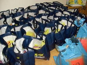 Matkassarna är packade och klara att bära ut.