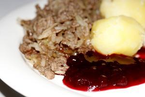 Öppen kålpudding är en enklare variant på traditionell kålpudding i ugn