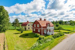 Med sju rum och en boarea på 144 kvadratmeter var Östansjövillan från 1925 det tredje mest klickade objektet förra veckan.