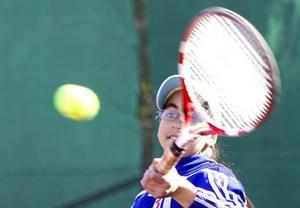 Asia Chaabi är en lovande tennistalang.