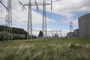 Kärnkraften är en förutsättning för att Sverige ska kunna bevara välfärdsmodellen, menar debattörerna.