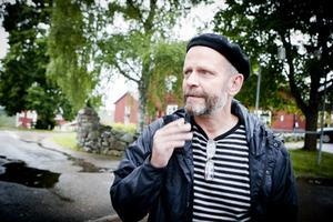 Örjan Svedberg är lärare och skyddsombud på Brunnsvik men han vill för närvarande inte kommentera innehållet i den fackliga skrivelse, som skickats till skolledningen och Arbetsmiljöverket.