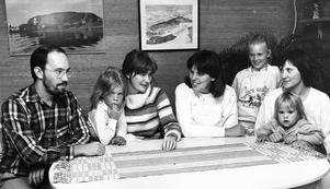 Håkan, Julia och Margareta Wikström vill tillsammans med bl a Gunilla Larsson, Karolina, Emmy och Lovisa Wetterblad öppna ett daghem på Norra Vallby.