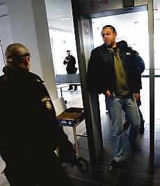 Polisen gick in i bandidoslokal