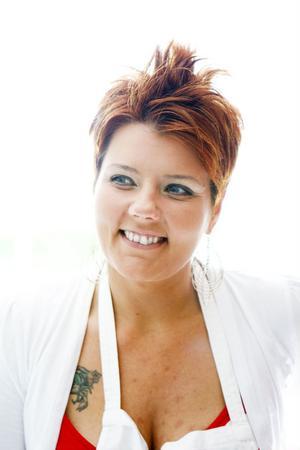 Linda Tjällberg både bloggar om mat och driver det egna företaget Mammas Kök.