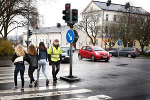 Roslagsgatan är en illa omtyckt gata i Norrtälje. Sett till vägunderlaget det vill säga.