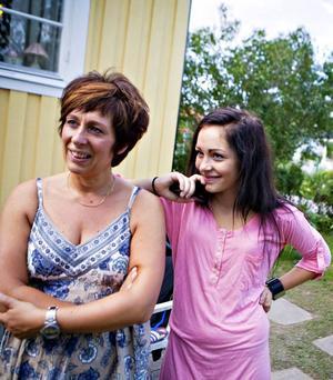 Bovarna i dramat. Svärdottern Annika Eriksson tillsammans med dottern Amanda såg till att anmäla Margareta till programmet. En upplevelse som Margareta själv sent kommer att glömma.