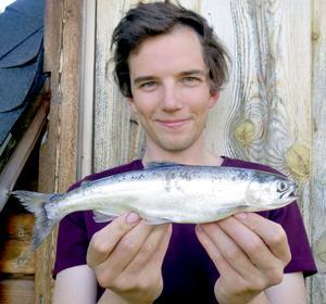 Det var fiskeentusiasten Marc Westrin från Lund som drog upp den högst anonyma rekordfisken i samband med ett provfiske i Abborrtjärn i Ragunda i juli i år.