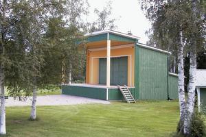 Perssons pack har spelat två gånger på den utbyggda scenen, senast den 4 juli under Sommarfesten då knappt 900 besökare kom dit.