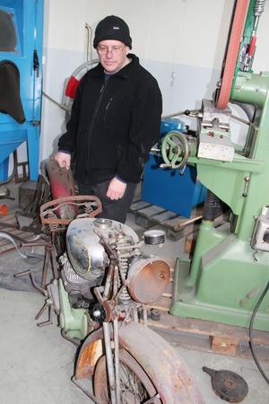 En BSA M20 från 1943 är Conny Perssons nästa renoveringsobjekt – om han får tid.