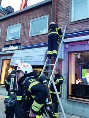 Brandkåren ryckte ut i centrala Östersund på söndagseftermiddagen.