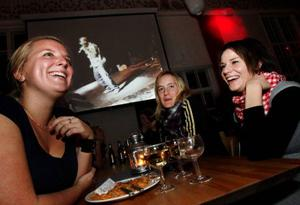 Louise Holmgren, Therese Jarheim och Linnéa Ottosson pluggar socionomutbildningen och är alltid på plats när det vankas soppa på torsdagar.