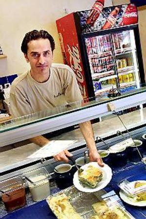 Foto: LEIF JÄDERBERGSalladsbar. Trots den salladsrika menyn är Bredbar inget Mecka för dem som väljer bort animalisk mat.