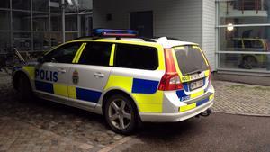 Polisen larmades till VLT:s redaktion i november.