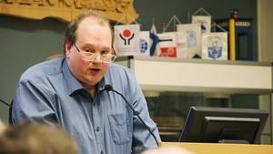 Stefan Vestling företräder Sverigedemokraterna och är invald i både kommunstyrelsen och kommunfullmäktige i Norberg.