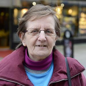 Sophia Kulpa, 60 år, lokalvårdare Matfors   – Det måste bli mer handel - men statyn ska stå kvar