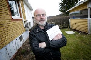 848 kronor kostade det bortglömda kommunala krysset för Thomas Lundin.