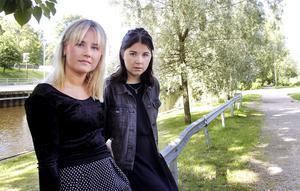 Linnéa Lundmark, 20 år, och Michelle Olsson, 19 år, vill samla alla unga feminister i Sundsvall.