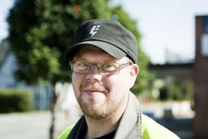 Jonas Markström, Junsele:– Inte direkt, men sport brukar jag titta på. Mest ishockey.