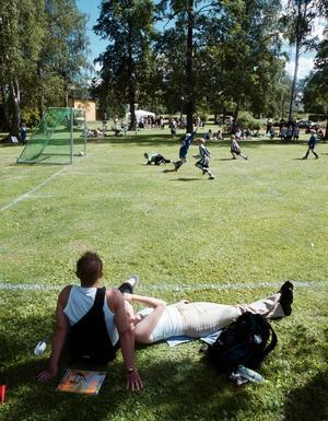 Barn fotboll barnidrott  Knattefotboll