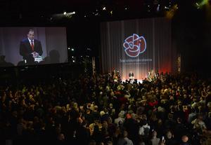 Socialdemokraterna förmår inte att prestera vare sig valresultatsmässigt eller organisatoriskt, skriver debattörerna. På bilden Socialdemokraternas valvaka på Waterfront i Stockholm vid midnatt på valdagen i höstas.