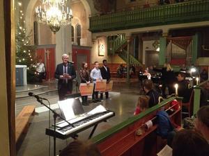 Stipendiater. Emma Johansson, Braulio Riberio och David Lantz är årets Lionsstipendiater som delades ut i kyrkan.