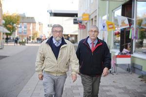 Jan och Anders Kjellberg har hängt ihop hela livet. Men 75-årsdagen firar de på varsitt håll.