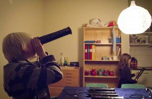 Villeman Janars har byggt en stjärnkikare där han kan se sitt eget stjärntecken, lejon.