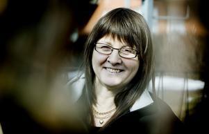Veronica Wernersson har aldrig drömt om att bli kommunalråd. Hon sitter i fullmäktige, det är det finaste uppdrag man kan få, tycker hon. I dag fyller hon 50 år och firar dagen på Gran Canaria med maken Ove.