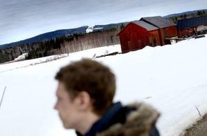 VETTÅSEN. Kanske blir det på Vettåsen norr om Järbo som Sandvikens första vindkraftverk byggs. Redan till årsskiftet ska de vara klara.