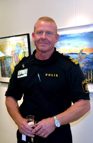 Närområdeschef Mikael Gustafsson har jobbat med att förverkliga tanken med en gemensam reception för Hedemora kommun och polisen sedan 2006. Han har mött en del motstånd under vägens gång, men har inte gett upp och har till slut fått rätt ändå upp i Kammarkollegiet.