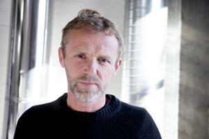 Deckarförfattaren Jo Nesbø kan vinna Bragepriset för
