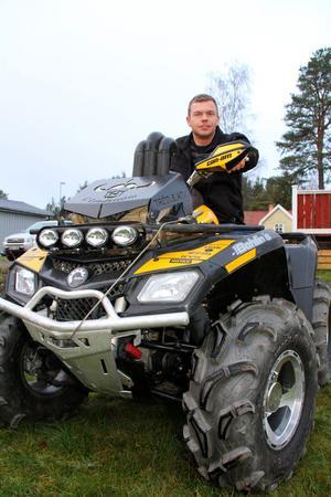 Tacksam. Christer Lindström rosar byvakternas observation som gjorde att han fick tillbaka sin fyrhjuling.
