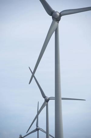 Jan Hedman, jur.kand är bekymrad över hur samerna behandlas i vindkraftsfrågan.