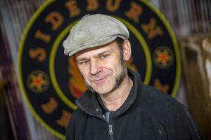 Efter en snabb till på Lars Enkvist är det lätt att koppla ihop namnet på bryggeriet med sin grundare (