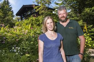 Sara och Andreas Gering bor i och driver sedan två år Villa Fraxinus i Hyndnäs