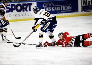 Hudik Hockey på fall. Borlänge hade den hetare viljan, det avgjorde.