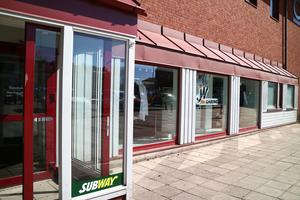 Hit, till lokalerna intill Subway, har spelbutiken flyttat efter att tidigare ha hållit till i Avesta galleria.