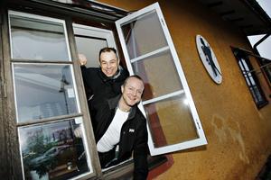 Peter Jansson och Mikael Bäckman ska även i fortsättningen se till att skorstenarna hålls rena och brandsäkra i Sandviken och Hofors.