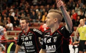 Johannes Skog har verkligen tänt till. Gjorde sin bästa match för säsongen i tungviktsmötet mot Storvreta. Foto: Curt Kvicker