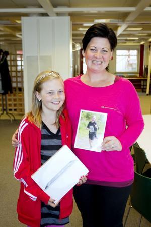 Mamma Sofia Hägglund har plåtat Molly förr och vunnit pris.
