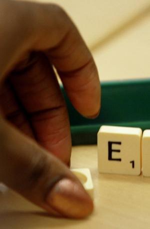 Scrabble är ett spel med bokstäver och ord.