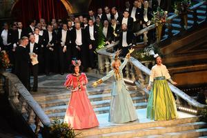Underhållning under Nobelbanketten i Blå Hallen.