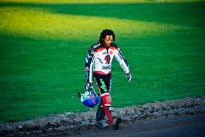 Antonio Lindbäck fortsätter på reserven på tisdagen.