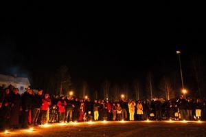 Många tog chansen i det fina vintervädret att delta under invigningen Glacialen på Ålsta folkhögskola i Fränsta.