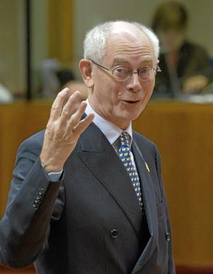 Steg för steg. EU-presidenten Herman Van Rompuys förslag om en särskild eurobudget ska studeras vidare, men när det gäller bankunion fattades några konkreta beslut om hur den ska förverkligas.foto: Yves Logghe/AP photo/scanpix