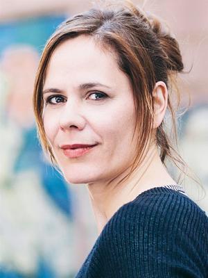 Författaren Monique Schwitter har ett förfutet inom teatern. Foto: Matthias Oertel