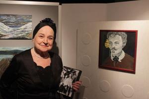 Legendariska operasångerskan Margareta Hallin läser och sjunger August Strindberg. Programmet visade hon på hemmaplan i Kramfors.