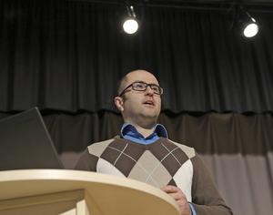 Peyman Vahedi, rektor på Ådalsskolan.